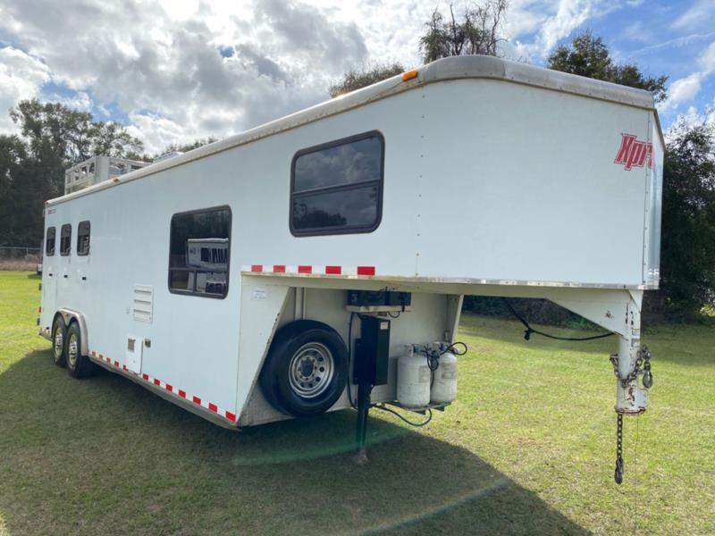 2006 Kiefer Express   3 Horse Slant Load Gooseneck Horse Trailer With Living Quarters SOLD!!!