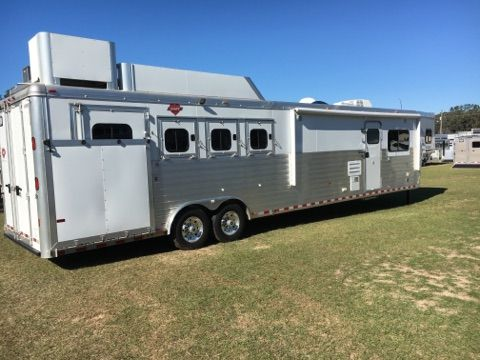 2015 Hart   4 Horse Slant Load Gooseneck Horse Trailer With Living Quarters