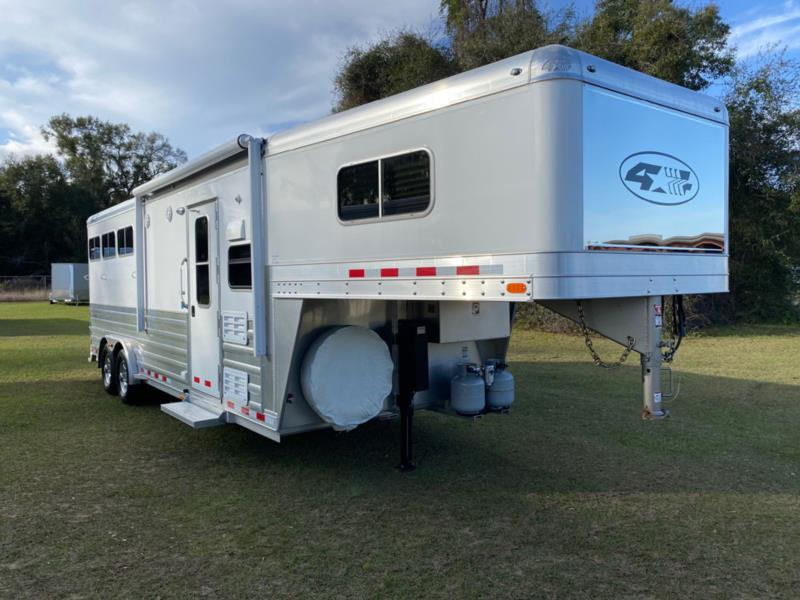 2017 4 Star   3 Horse Slant Load Gooseneck Horse Trailer With Living Quarters SOLD!!!