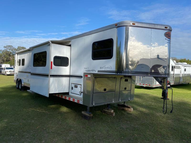 2007 Sundowner 8019  3 Horse Slant Load Gooseneck Horse Trailer With Living Quarters SOLD!!!