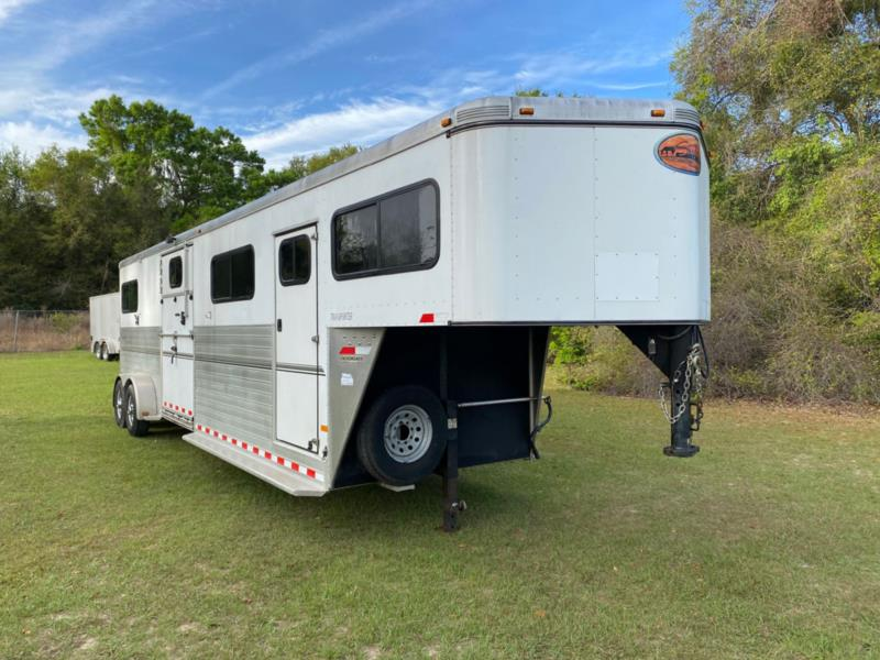 2013 Sundowner   4 Horse Straight Load Gooseneck Horse Trailer