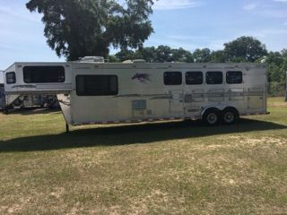 1999 TG All Aluminum  4 Horse Slant Load Gooseneck Horse Trailer With Living Quarters