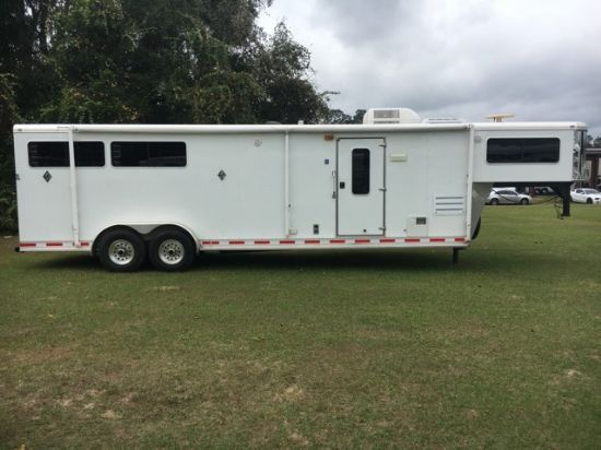 2006 Shadow with Slide  3 Horse Slant Load Gooseneck Horse Trailer With Living Quarters