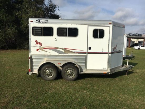 2006 4 Star   2 Horse Slant Load Bumperpull Horse Trailer