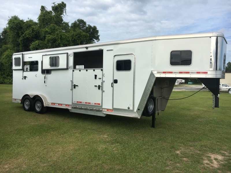 2017 Kiefer Built 2+1  2 Horse Gooseneck Horse Trailer SOLD!!!