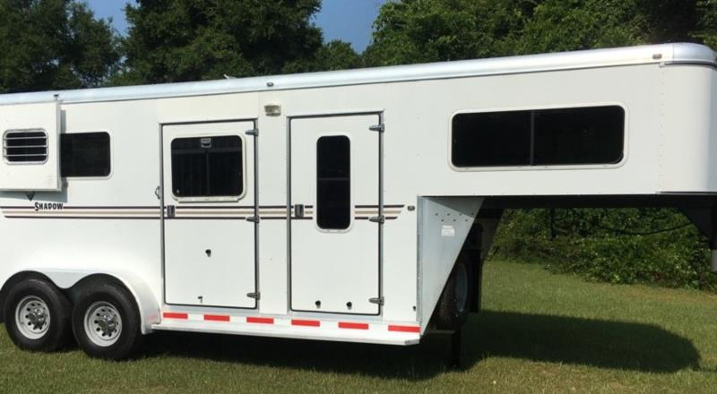 2006 Shadow   2 Horse Straight Load Gooseneck Horse Trailer