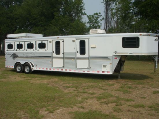 1999 Sundowner 7'  4 Horse Slant Load Gooseneck Horse Trailer With Living Quarters