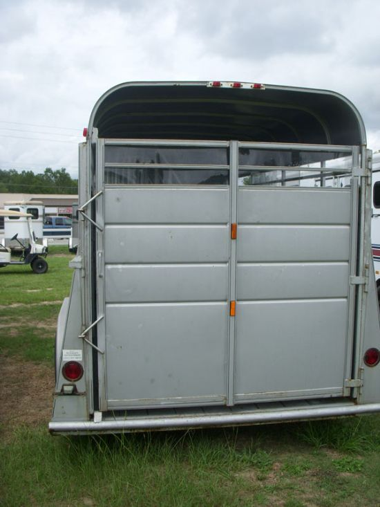 2005 McKinley SC  4 Horse Gooseneck Horse Trailer