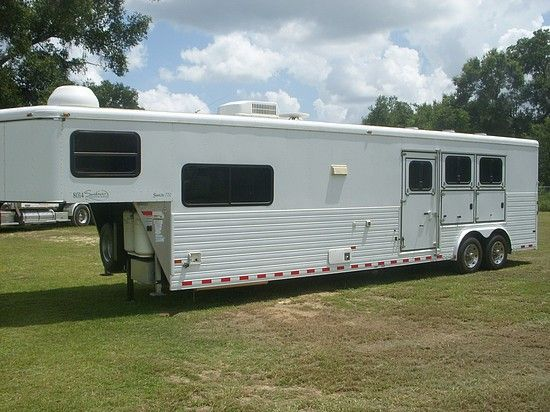 2009 Sundowner 720  3 Horse Slant Load Gooseneck Horse Trailer With Living Quarters