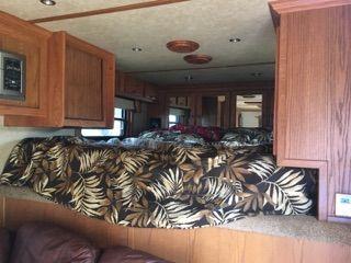 2006 Elite 15' Conversion  3 Horse Slant Load Horse Trailer With Living Quarters