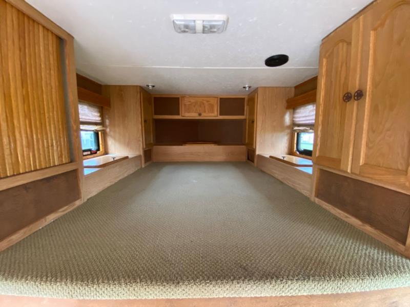 2006 Kiefer Express   3 Horse Slant Load Gooseneck Horse Trailer With Living Quarters SOLD!!!
