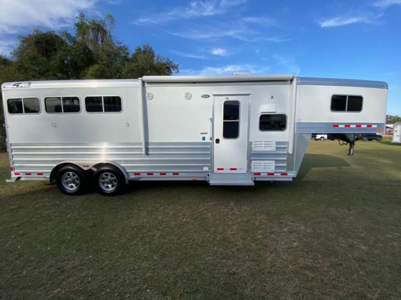 2017 4 Star   3 Horse Slant Load Gooseneck Horse Trailer With Living Quarters
