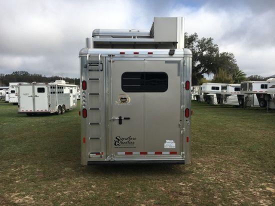 2018 Hart Smart Tack  4 Horse Slant Load Gooseneck Horse Trailer