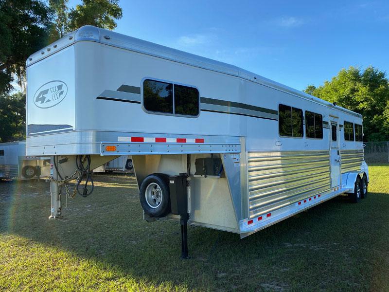 2018 4 Star Head to Head  4 Horse Gooseneck Horse Trailer SOLD!!!