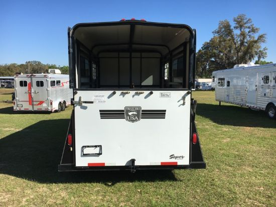 1999 Trailers USA   2 Horse Straight Load Gooseneck Horse Trailer