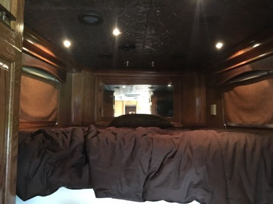 2006 4 Star Outlaw Conversion  3 Horse Straight Load Gooseneck Horse Trailer With Living Quarters