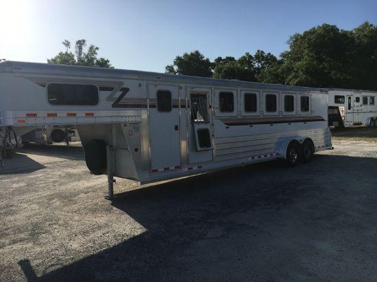 2009 4 Star   6 Horse Slant Load Gooseneck Horse Trailer SOLD!!!