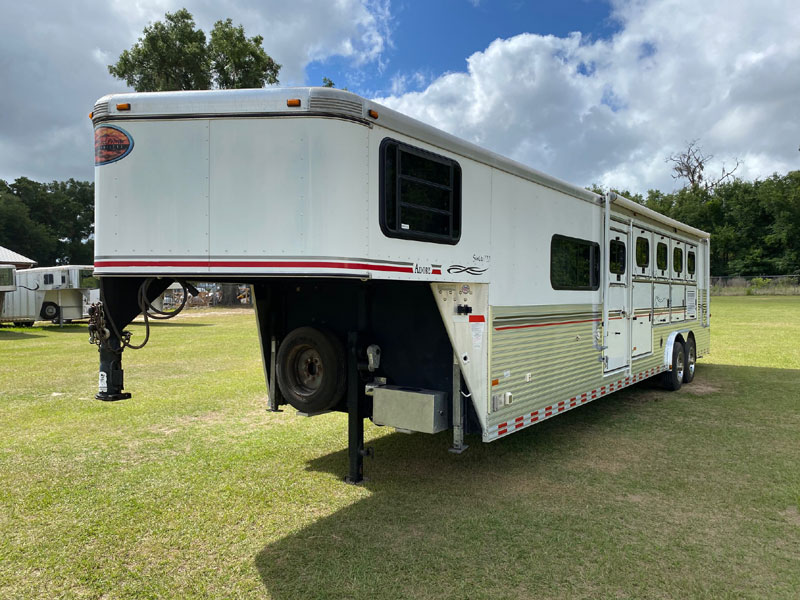 2005 Sundowner Adobe Package  5 Horse Slant Load Gooseneck Horse Trailer With Living Quarters