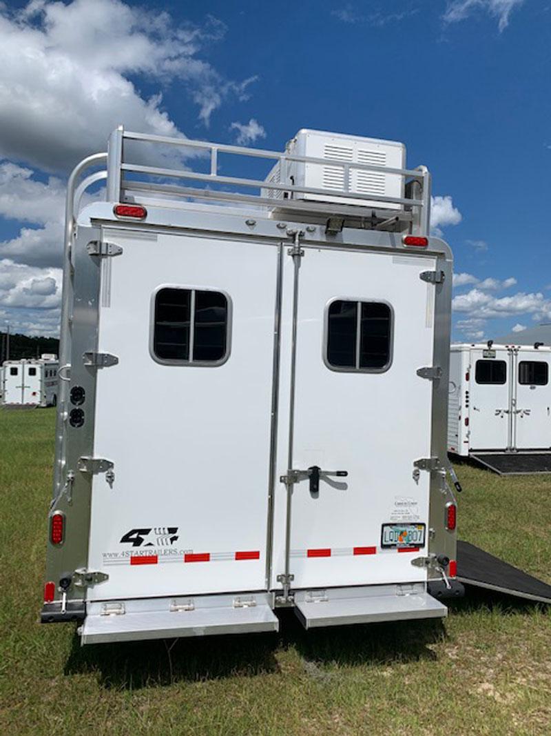 2020 4 Star   4 Horse Slant Load Gooseneck Horse Trailer With Living Quarters SOLD!!!