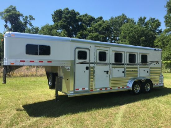 2018 4 Star   4 Horse Slant Load Gooseneck Horse Trailer