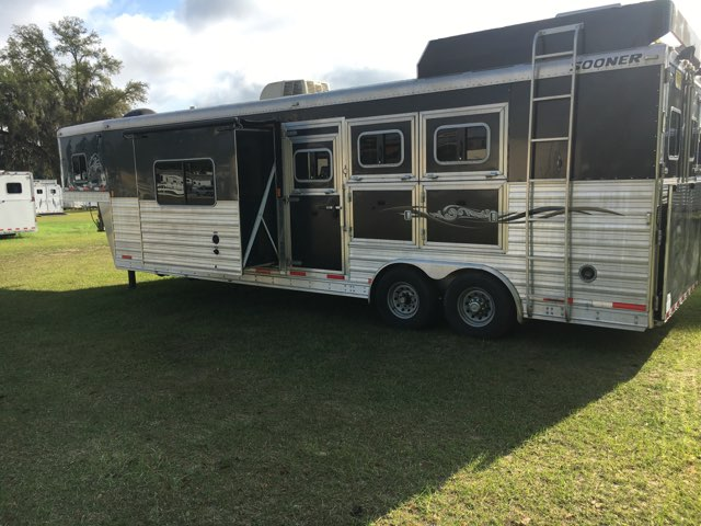 2013 Sooner   3 Horse Slant Load Gooseneck Horse Trailer With Living Quarters SOLD!!!