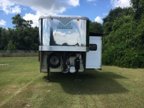 2018 Merhow   4 Horse Slant Load Gooseneck Horse Trailer With Living Quarters