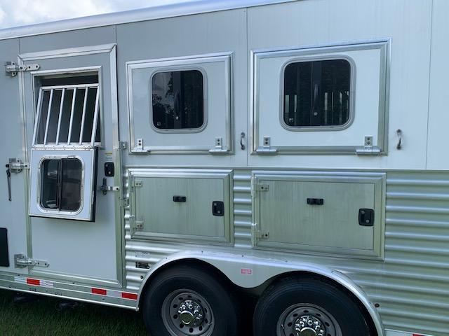 2015 Merhow 15' Slide  3 Horse Slant Load Gooseneck Horse Trailer With Living Quarters SOLD!!!