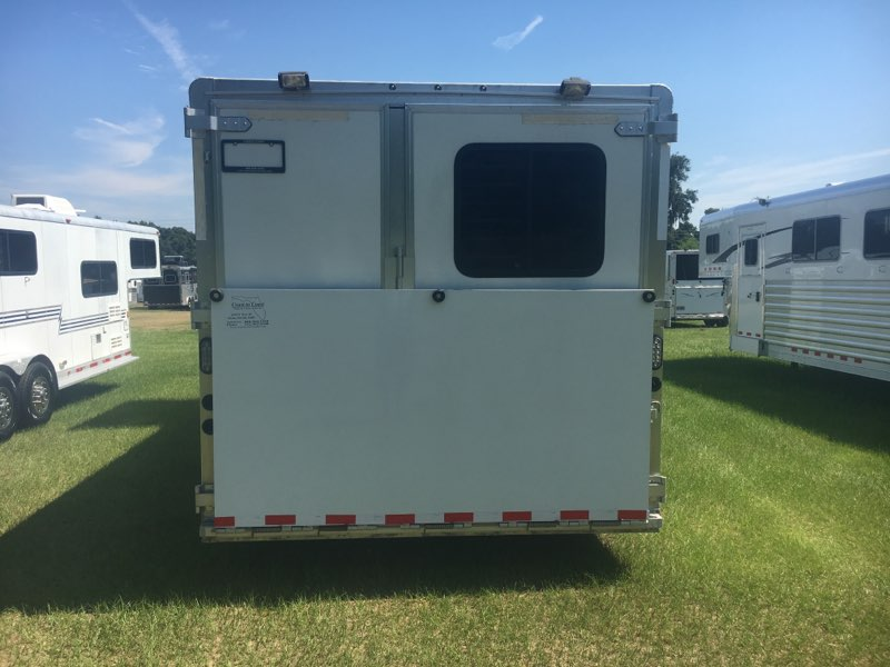 2015 Lakota   3 Horse Slant Load Gooseneck Horse Trailer With Living Quarters