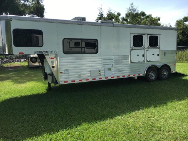 2014 Sundowner   2 Horse Slant Load Gooseneck Horse Trailer With Living Quarters SOLD!!!