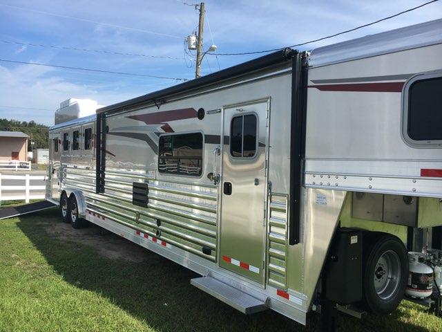 2020 4 Star   4 Horse Slant Load Gooseneck Horse Trailer With Living Quarters