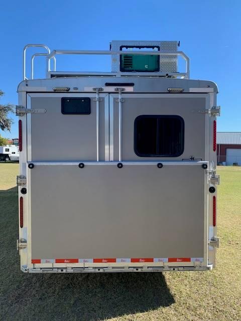 2018 Bison Coach  4 Horse Slant Load Gooseneck Horse Trailer With Living Quarters SOLD!!!